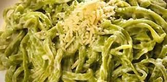 <!--:es-->Pasta con salsa de chile poblano<!--:-->