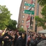 La calle Segunda y la Avenida Manila en la ciudad de Jersey City fue bautizada como ¨Dr. Eliu Rivera Way¨.