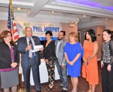Alcalde de Roselle Park Carl Hokanson apoya a Phil Murphy