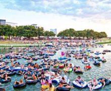 "Divertido Festival ""Rockin' the River en Forth Worth, Texas"