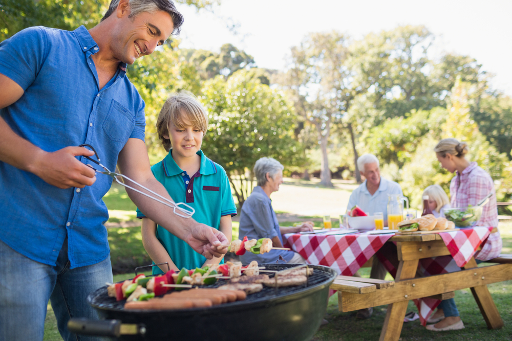 Prepare comidas saludables y seguras este Día de la Independencia