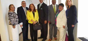 Amigos de New Jersey en el desayuno con el Honorable Gobernador de Puerto Rico en la ciudad de N.Y.