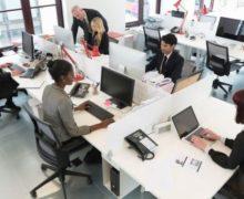 """Las tecnologías que vigilan todos tus movimientos en la oficina (y le van con el """"chisme"""" al jefe)"""