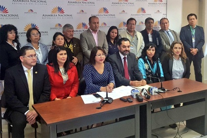 XIMENA PEÑA PROPONE AMPLIAR LOS PLAZOS PARA EL REGISTRO DE LOS MIGRANTES RETORNADOS A ECUADOR