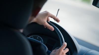 POLICIA de FLORIDA INICIA ATAQUE CONTRA PERSONAS QUE MANEJAN BAJO EFECTOS MARIJUANA   (Drive Baked, Get Busted )