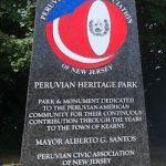 Monumento-en-granito-inaugurado-en-Kearny