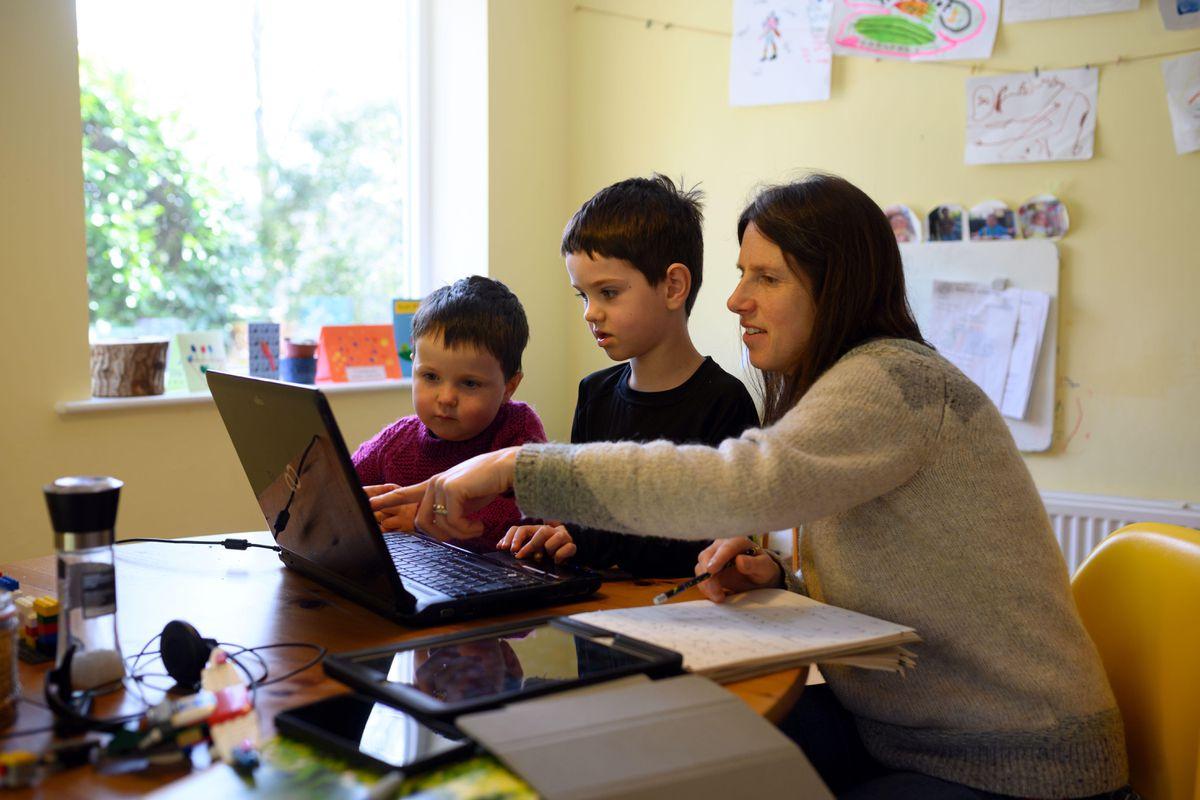4 consejos para hacer homeschooling con tus hijos | Ahora News